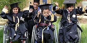 مجموعة من اطفال جمعية الاطفال المعاقين